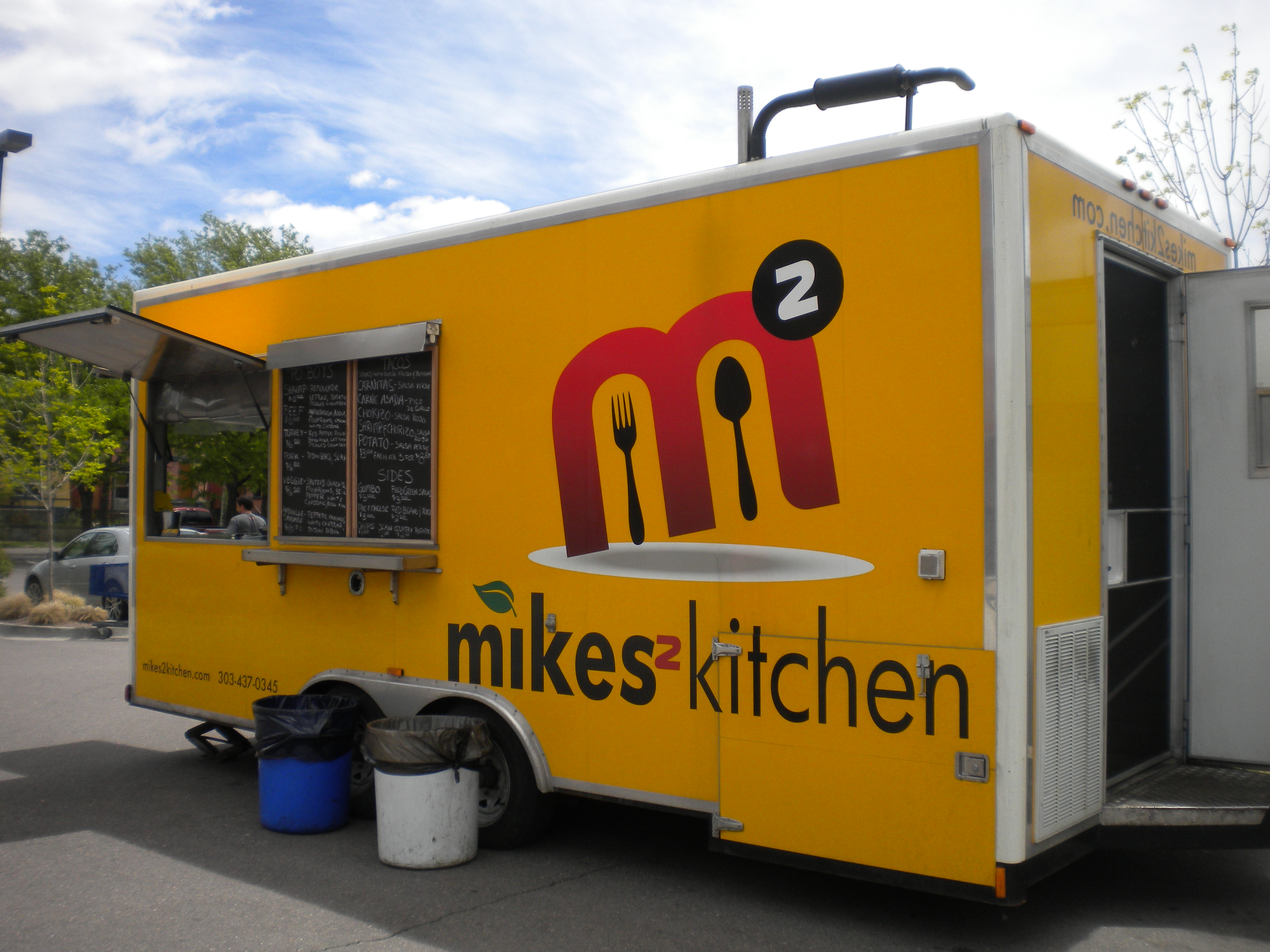 Mikes2Kitchen's eye catching yellow trailer.